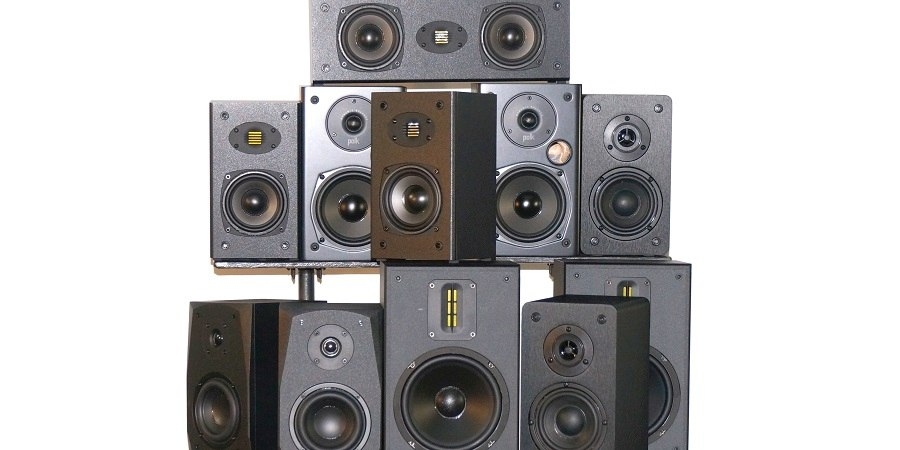 bookshelf-speakers.jpg