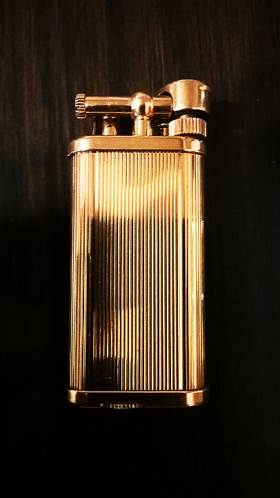 Dunhill Unique Gold gas s.jpg
