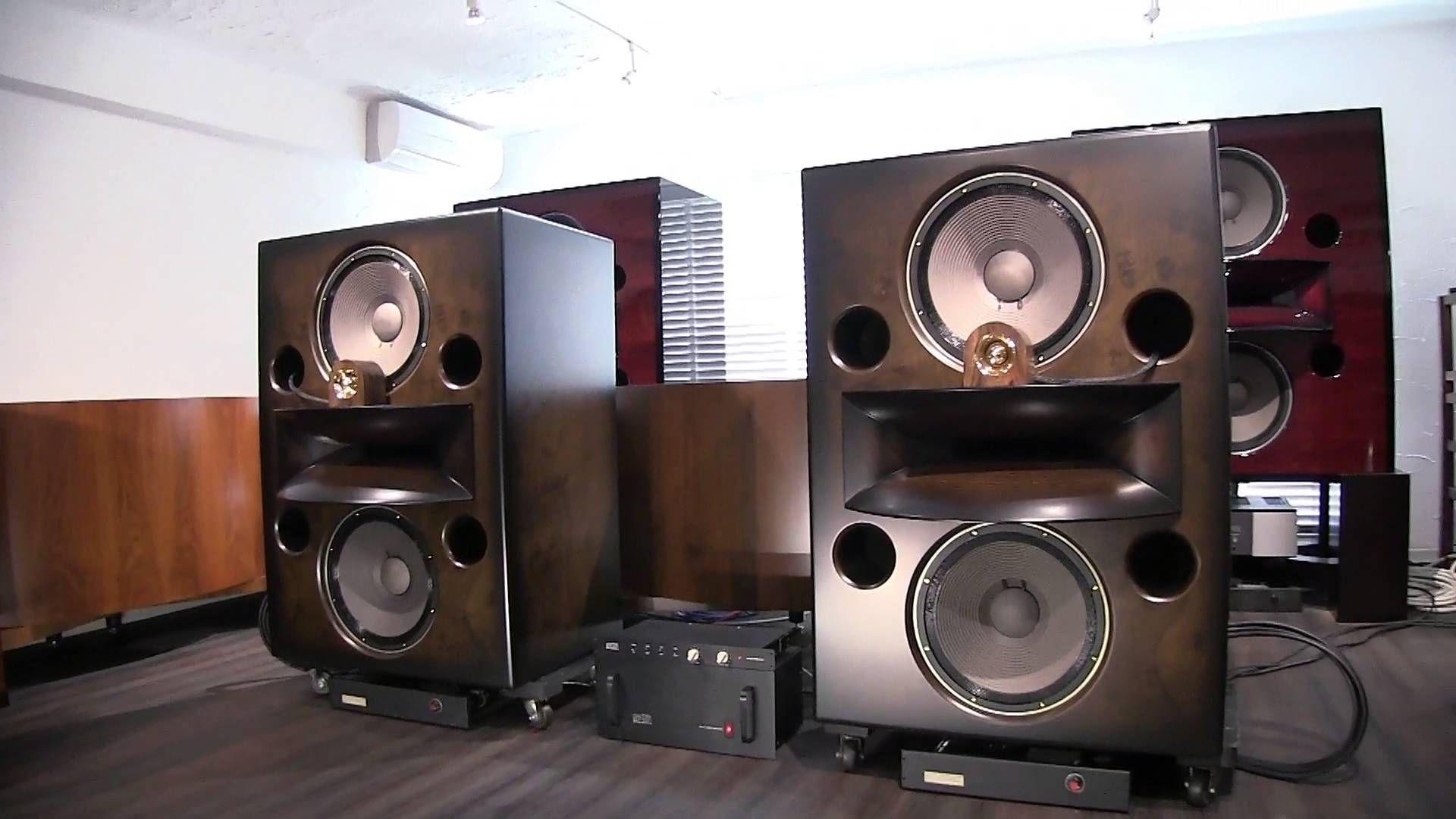 Horn Speaker2.jpg