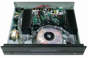 Parasound-amplifer-inside.jpg