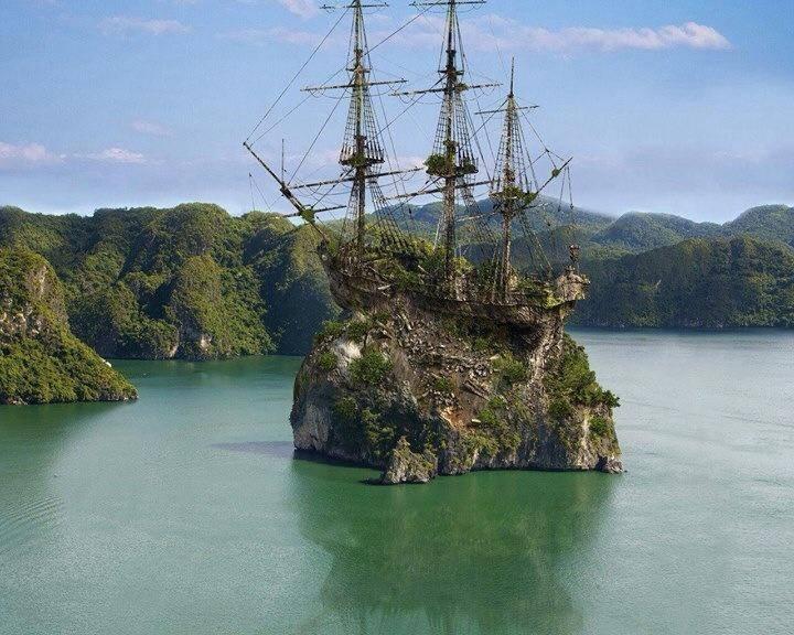 pirate-ship-wrecked.jpg