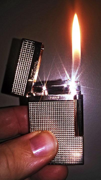 ST Dupont Anniversary Lighter Rose Gold Lit s.jpg